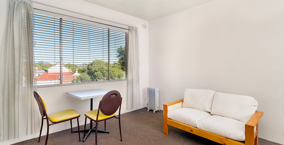 Economy Apartmentsfrom $295 Per WeekClean, Comfortable And Secure, They  Feel Like A Home Away From Home.Contact Us To Find Out More Or Book Today.